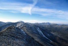 Sommet de montagne de Gothics dans les crêtes élevées de montagne d'Adirondack image stock