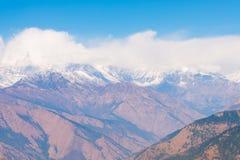 Sommet de Mountain View de neige sur le chemin au camp de base d'Annapurna Photos stock