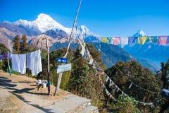 Sommet de Mountain View de neige sur le chemin au camp de base d'Annapurna Photos libres de droits
