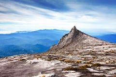 Sommet de Mt Kinabalu, la plus haute montagne de l'Asie images libres de droits