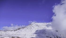 Sommet le plus élevé de l'Espagne continentale Mulhacén, Sierra Nevada, Andalousie, Espagne images libres de droits