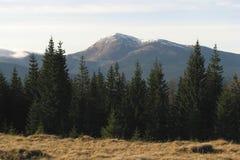 Sommet montagneux. photos stock