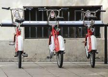 Sommige fietsen van de bicing dienst in Barcelona, Spanje Royalty-vrije Stock Foto