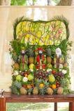 Sommige kunstwerken van het fruit van Vietnam artistiek die het snijden decoratiefestival in Tao Dan Park wordt gehouden om met h Royalty-vrije Stock Fotografie