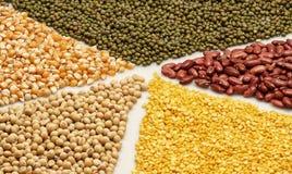 Zaden, bonen, noten en graan Stock Foto's
