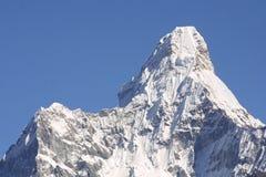 Sommità Ama Dablam dell'Himalaya fotografie stock