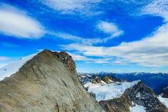 Sommità del Mt Titlis in Svizzera nell'orario invernale Fotografia Stock