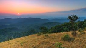 Sommità della collina di lunedì Kluy, provincia di Tak, Tailandia Fotografia Stock