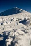Sommità della montagna di inverno Fotografia Stock