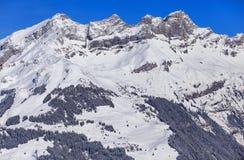 Sommità delle alpi svizzere nell'orario invernale, vista dal Mt Titlis Fotografie Stock