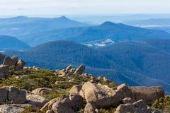 Sommità delle colline pedemontana di trascuratezza di Wellington del supporto intorno ad Hobart Immagini Stock