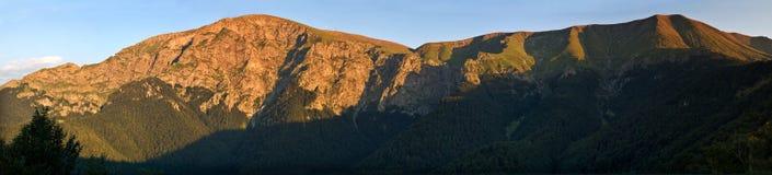 Sommità di Botev, vecchia montagna, Bulgaria Fotografia Stock