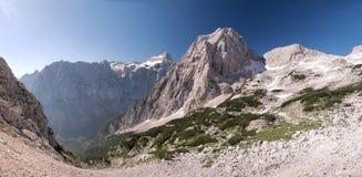 Sommità di Stenar nelle alpi di Julian Fotografia Stock