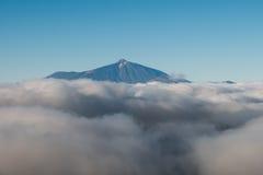 Sommità sopra le nuvole, Pico del Teide della montagna Fotografie Stock Libere da Diritti