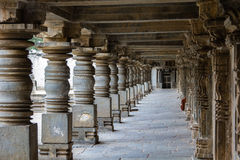 Somnathpur石头柱子雕刻 库存照片