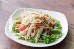 Somtum,番木瓜沙拉可口食物在泰国 库存照片