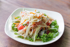 Somtum, melonowa sałatkowy wyśmienicie jedzenie w Thailand Zdjęcie Stock