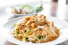 Somtum, salada picante tailandesa da papaia, erve Fotografia de Stock Royalty Free