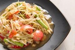 Somtum Tajlandzki jedzenie na drewnianym stole Zdjęcia Royalty Free