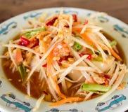 Somtum: Thailändische Nahrungsmittel der Tradition (Papayasalat) Stockfoto