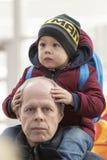 Son och fader royaltyfria foton