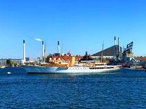 Son yacht danois Dannebrog du ` s de majesté images stock