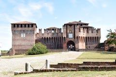 Soncino średniowieczny kasztel Cremona, Włochy - Zdjęcia Royalty Free