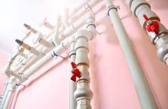 Sondando o fundo das comunicações Sistema do aquecedor de água imagens de stock