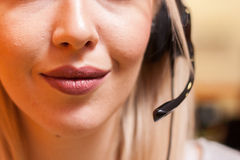Sonderkommando des Call-Center-Mittels bei der Arbeit Stockfoto
