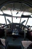 Sonderkommandoblick in Cockpit des historischen Flugzeuges lizenzfreie stockfotos