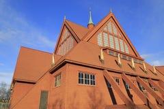 Sonderkommandos von Kiruna Church im Sommer mit blauem Himmel, Nord-Schweden Lizenzfreie Stockbilder