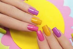 Słoneczny manicure Obrazy Royalty Free