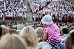 song för rigg för festival för åhörarekonsertdans Royaltyfria Bilder