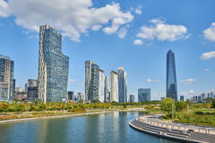 Songdo, Korea - September 07, 2015: Songdo IBD Stock Afbeeldingen