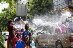 Songkarn siamesisches neues Jahr - Wasserfestival Lizenzfreie Stockbilder