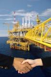 SONGKLA - 10月16日:海上钻机在从歌曲的暹罗湾 免版税库存图片