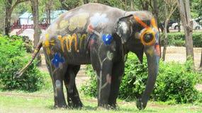 Songkran节日庆祝与大象在阿尤特拉利夫雷斯 免版税库存图片