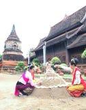 Songkran festival på chiangmaien, Thailand Arkivfoton