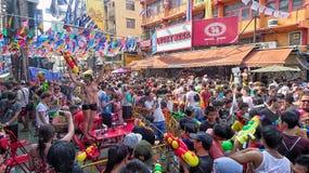 Songkran festival på den Khaosarn vägen fotografering för bildbyråer