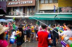 Songkran wody bitwa Obrazy Royalty Free