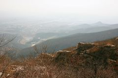 "Songshan Mountain. In Songshan, the ancient name of ""the foreign party"" was called ""lofty"" and ""Chong Shan"" in Xia Shang Dynasty Stock Images"