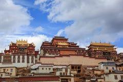 Songzanlin kloster i Zhongdian, Kina Arkivfoto