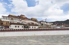 Songzanlin kloster Zhongdian, Kina Royaltyfri Bild