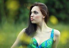 Sonhando a menina bonita Fotos de Stock Royalty Free
