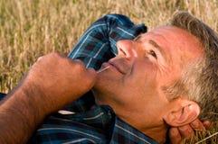 Sonhando o homem maduro Foto de Stock Royalty Free