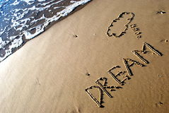 Sonho escrito na areia Imagens de Stock Royalty Free