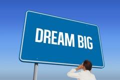 Sonho grande contra o céu azul brilhante imagens de stock royalty free
