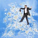 Sonhos cor-de-rosa do sabão do homem de negócios Imagens de Stock