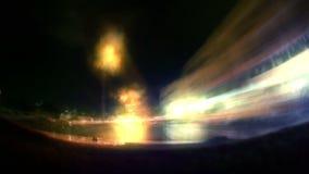 Sonic-Geschwindigkeitsausflug in Dschidda-Stadt mit bewölkter Nacht stock video