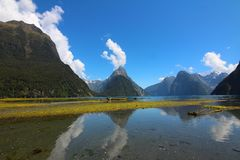 Sonido de Mildford, Nueva Zelanda imagenes de archivo